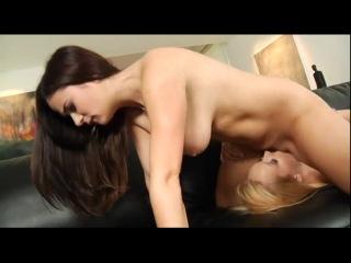 Красивый лесбийский секс покажут вам эти девочки.
